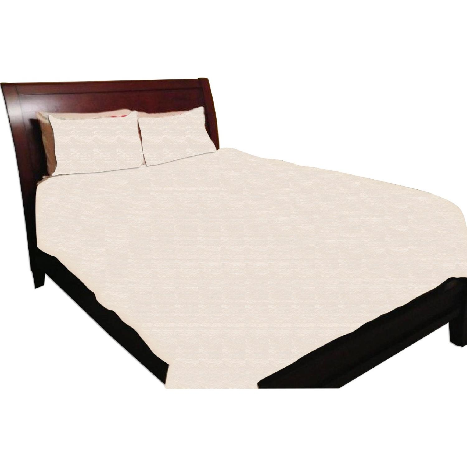 Valencia Sleigh Bed Pottery Barn Bed And Nightstands Aptdeco