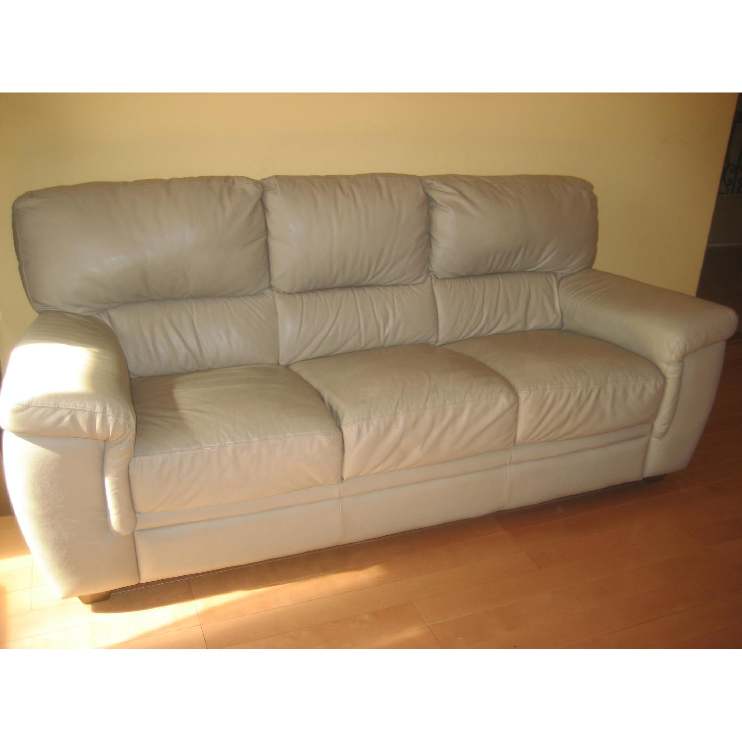 Used sofas for sale in nyc aptdeco for Beige leather sectional sofa sale