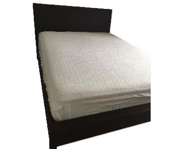 Room & Board Queen Size Bed Frame