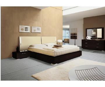 Doimo Enter Beige Lacquer Bed Frame w/ 2 Nightstands + Dresser w/ Mirror