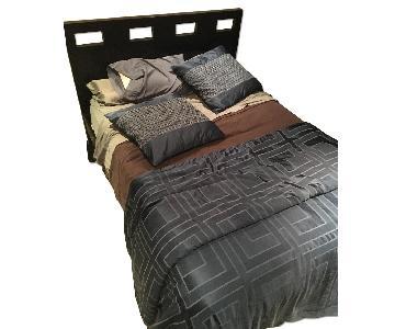 Sleepy's Queen Size Bed Frame