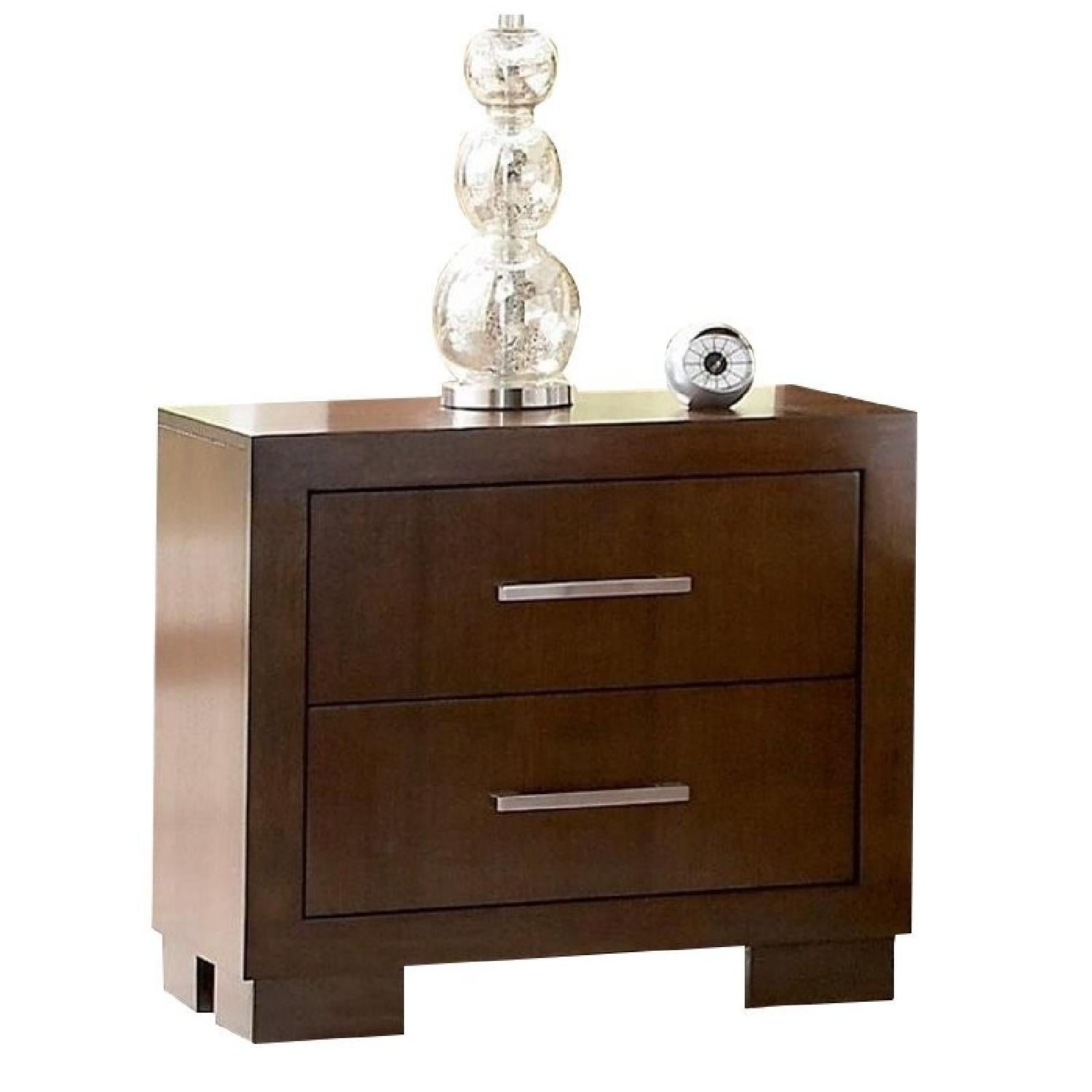 Contemporary Nightstand w/ Dovetail & Full Extension Drawers