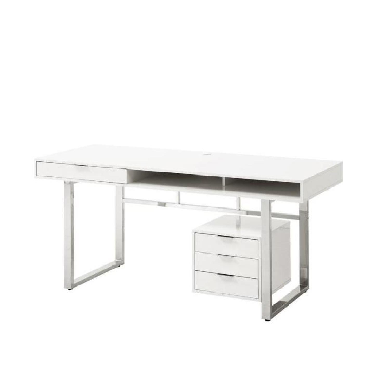 Contemporary Writing Gloss White Desk W Chrome Legs