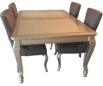 Ashley's Coralayne 5 Piece Dining Room Set