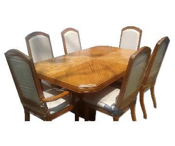 Oak Dining Table w/ 6 Chairs