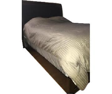 Ashley's Templenz Queen Bed w/ Headboard