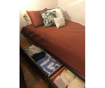 Belfort Furniture Full Platform Bed Frame w/ 3 Storage Drawers
