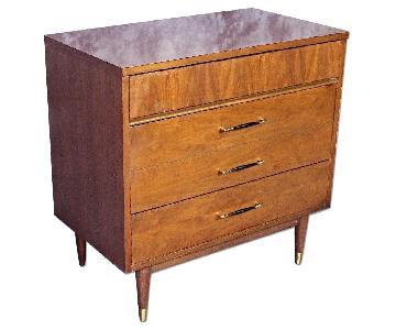 Mid Century Modern Chest of Drawers/Dresser