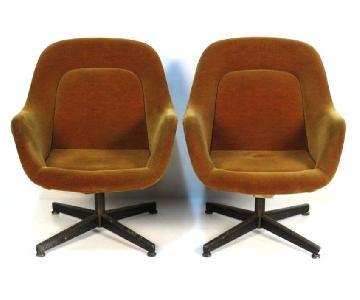 Knoll Vintage Mid Century Modern Lounge/Club Chairs