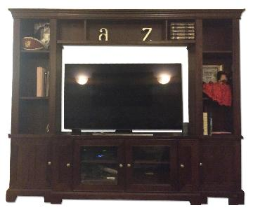 Raymour & Flanigan Entertainment Center