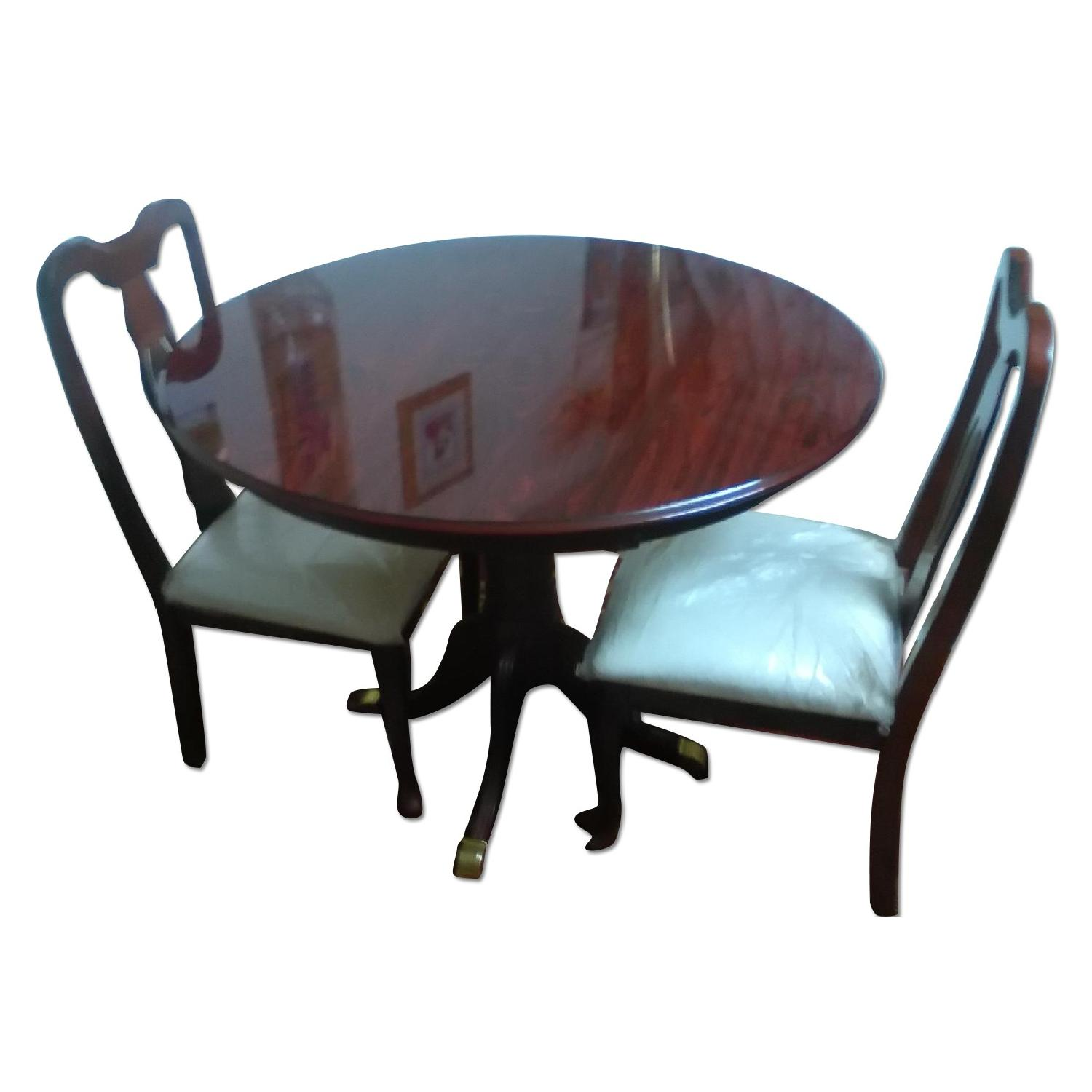 Aptdeco used pier 1 dining room table and chairs for for Pier 1 dining room bench