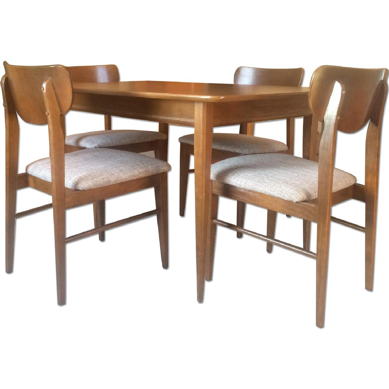 The Keller Mfg. Company Mid-Century Dining Table W/ 4