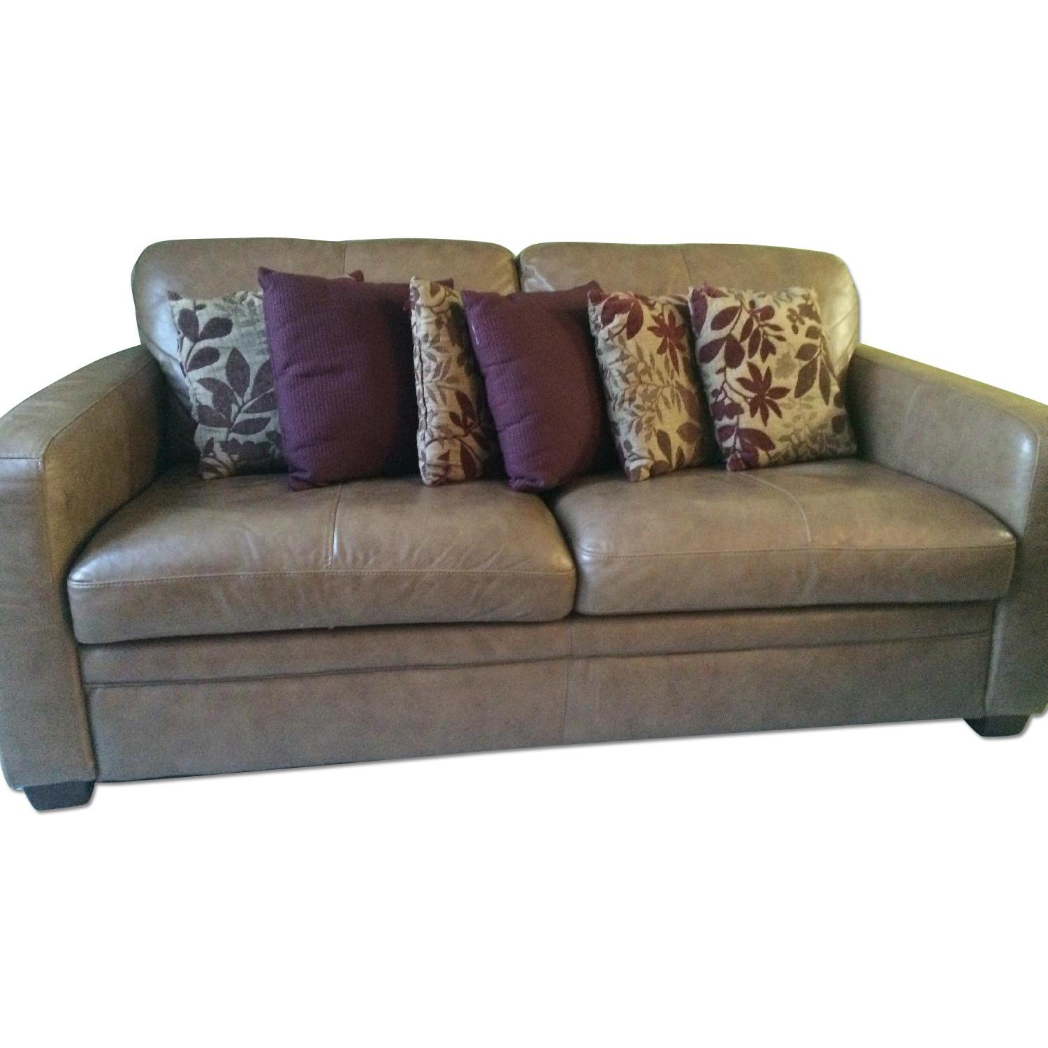 Used Raymour Flanigan Leather Loveseat For Sale In Nyc Aptdeco