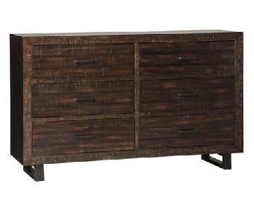 Ashley's Parlone Dresser