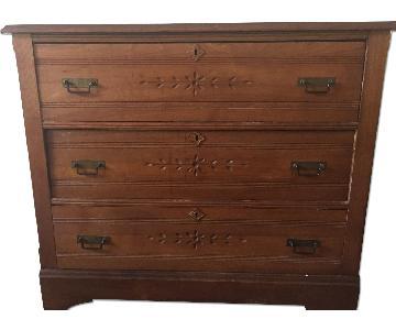 Vintage Wooden 3 Drawer Dresser