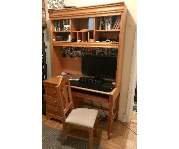 Custom Oak Desk w/ Top Bookshelf & Matching Chair