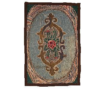 Antique 1900s Handmade American Hooked Rug
