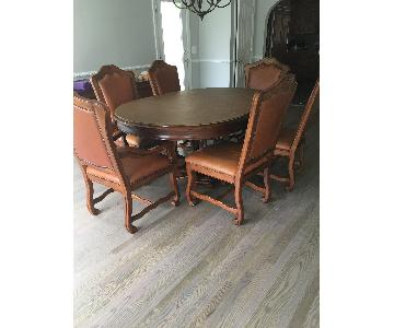 Stanley Furniture Oval Dining Table w/ 6 Leather Chairs