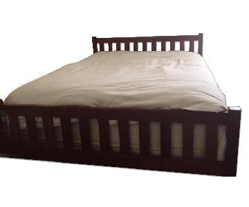 Scott Jordan Waverly Queen-Size Platform Bed in Cherry