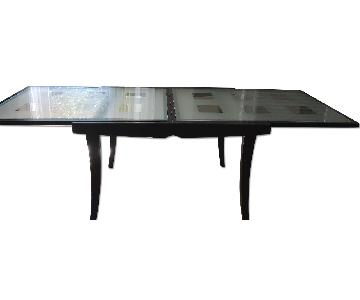 Expandable Glass Table