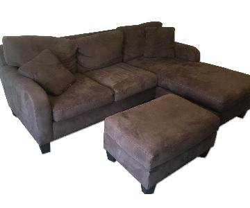 Raymour & Flanigan Sectional Sofa w/ Chaise & Ottoman