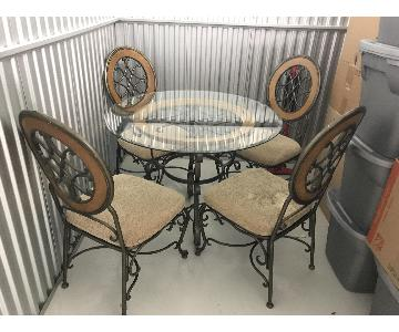 Indoor/Outdoor Round Glass Dining Table w/ 4 Chairs