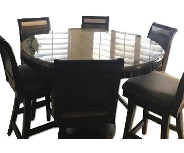 Ashley's Round Table w/ 6 Chairs