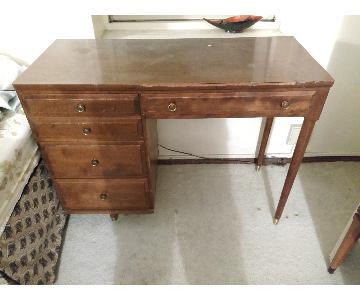 Ethan Allen Baumritter Wood Desk