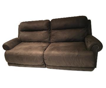 Ashley's Hogan 2 Seat Reclining Sofa in Gray