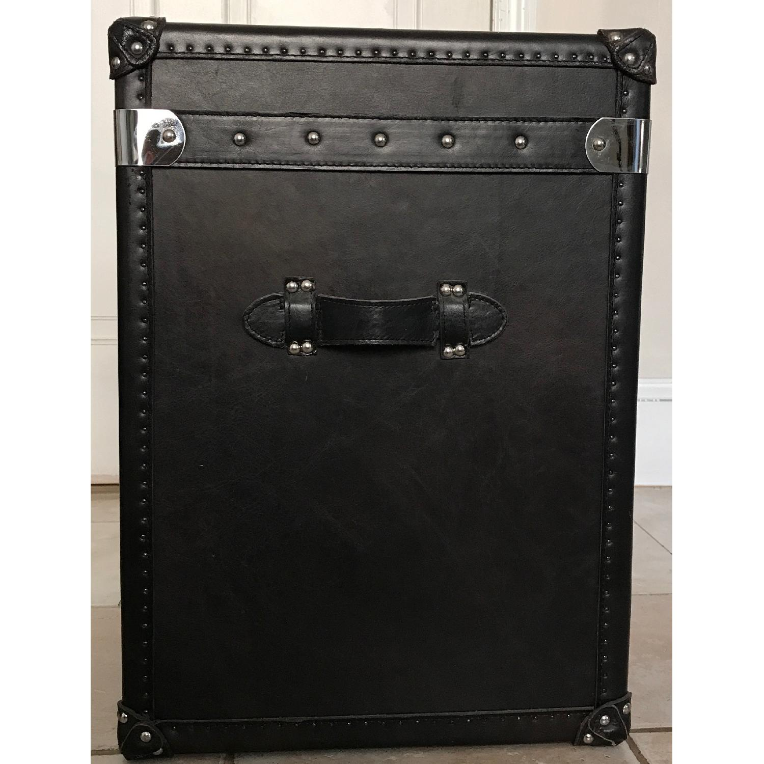 ... Restoration Hardware Steamer Trunk Side Table 3 ...
