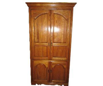 Broyhill Furniture Wall Unit