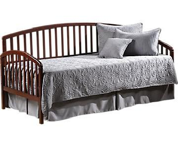 Sleepy's Day Bed w /Trundle