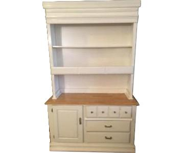 Raymour & Flanigan Natural Oak & Painted White Hutch