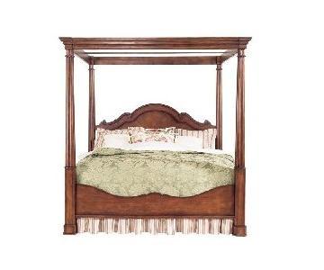 Bassett Louis-Philippe Queen Canopy Bed