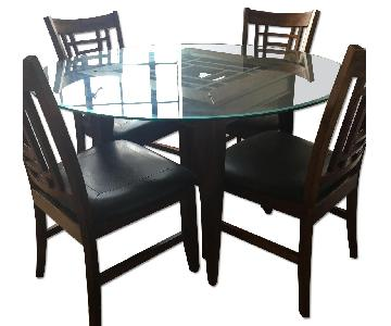 Raymour & Flanigan Wood & Glass 5 Piece Dining Set