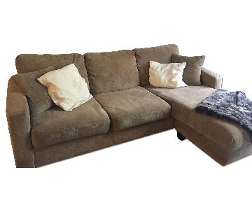 Modern Sectional Sofa w/ Reversible Chaise