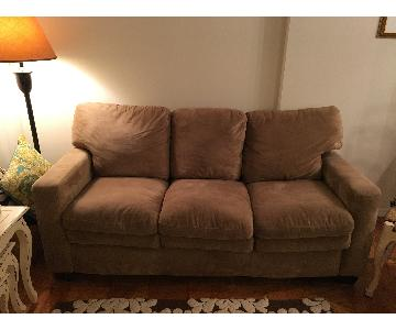Jennifer Convertibles 3 Seater Sofa