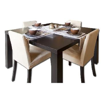 BoConcept Extendable Table w/ 4 Chairs