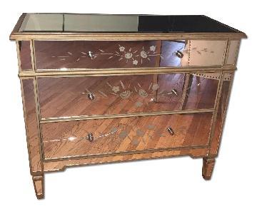 Mirrored 3 Drawer Dresser
