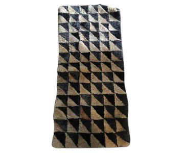 Suede-Wool Black & Ivory Rug