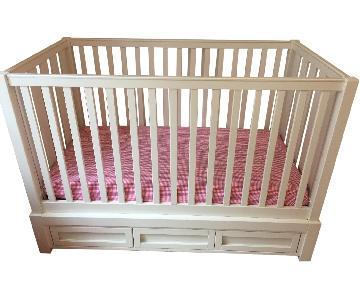 Pottery Barn Kids Skylar Crib in White