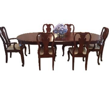 Thomasville Vintage Mahogany Formal Dining Set
