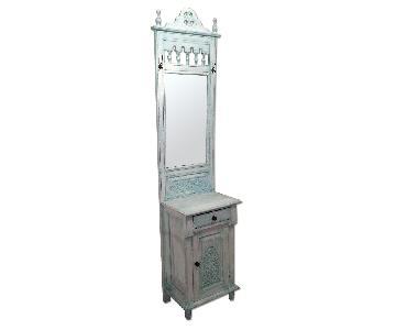 Nadeau Furniture Vintage Style Entryway Table w/ Built-in Mi