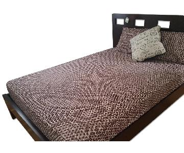 Sleepy's Queen Size Wooden Frame w/ Headboard