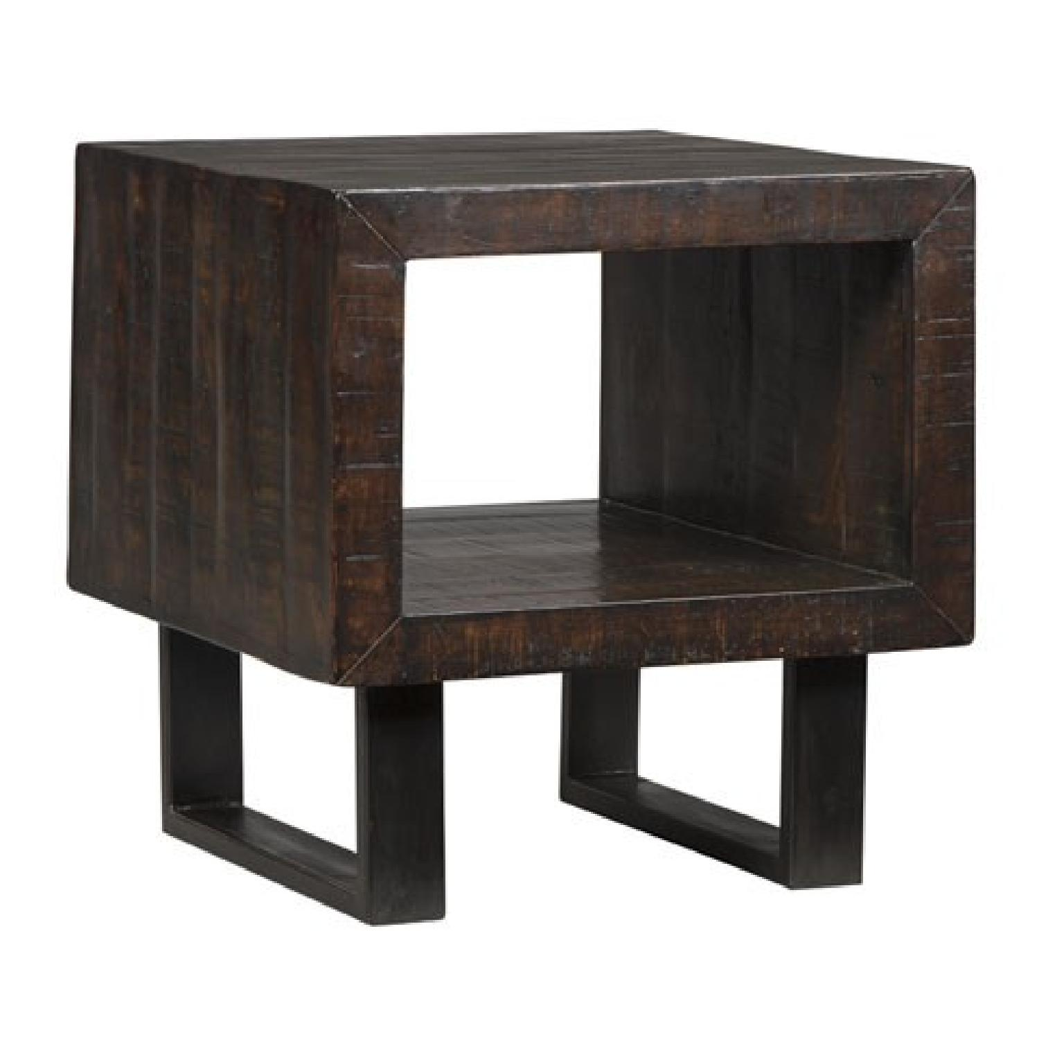 Ashley's Parlone End Table