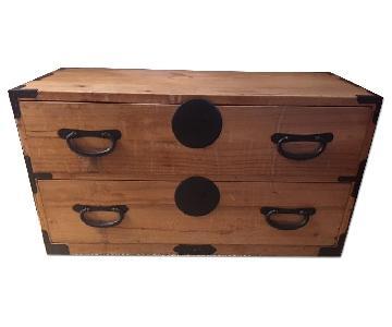 Wood 2-Drawer Chest/Nightstand