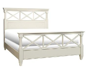 Raymour & Flanigan Retreat Queen Panel Bed Frame