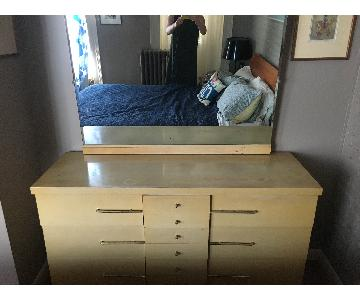 Vintage Modern 6-Drawer Dresser w/ Detachable Mirror