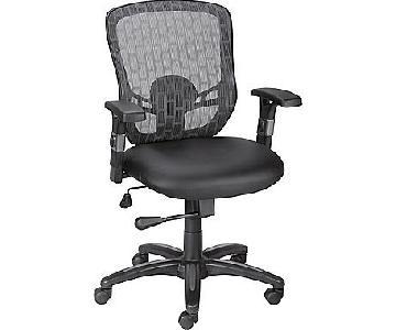 Staples Corvair Luxura Mesh Back Task Chair in Black