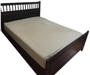 Queen Size Bed Frame w/ Headboard